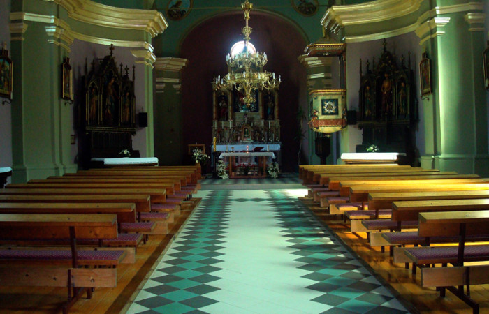 Krapinske Toplice unutrašnjost župne crkve